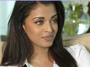 aish1 Aishwarya is Hopping Mad, Demands Apology