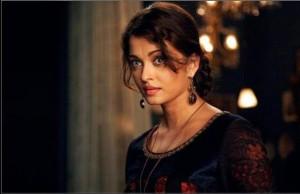 Aishwarya rai in Guzaarish movie stills 300x194 The Wonderful Flop that was Guzaarish