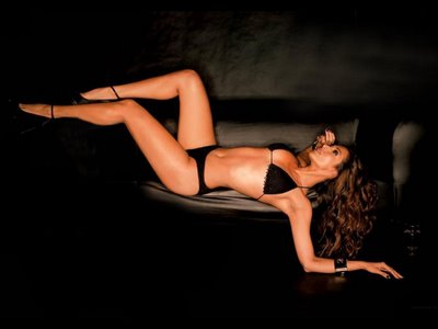 maliaka bikini Sensuality in India – The 10 Hottest of Bikini Babes of Bollywood