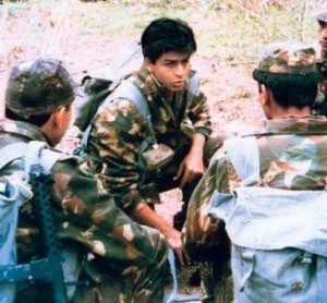 shah rukh khan in fauji 300x278 Top 10 Dark Horses of Bollywood   The real underdogs!