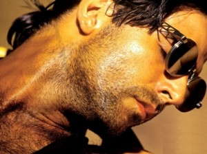 akshay kumar 300x224 Bollywoods Debonair Heroes   Our Top Ten Favorites