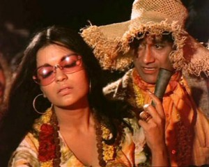 zeenat aman in HKHR 300x240 Zeenat Aman – A Touch Of Class With Unlimited Oomph