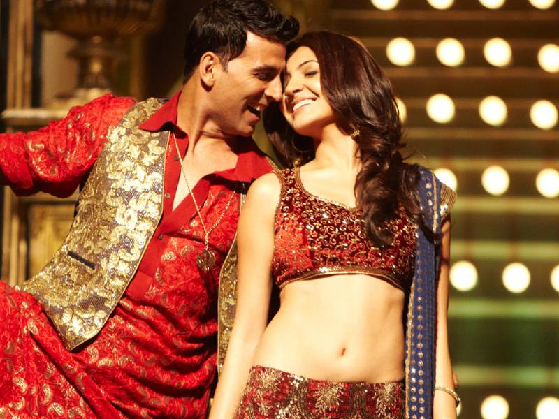 Anushka and Akshay rock the scene in Patiala House's song and dance sequences