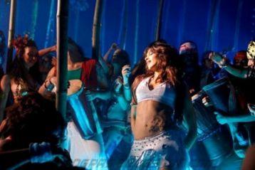 dum maro dum deepika padukone hot Dum Maro Dum Music Review