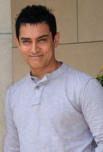220px AamirKhanTIFFSept10 203x300 The Industry Khans  and The Best Actor Award Goes to.