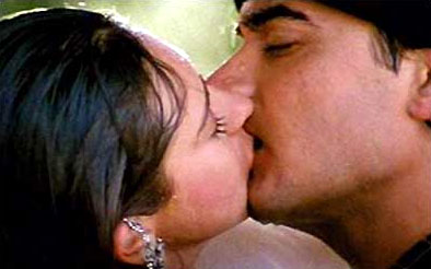 the bollywood kiss To Kiss or not to Kiss   The Bollywood Kiss