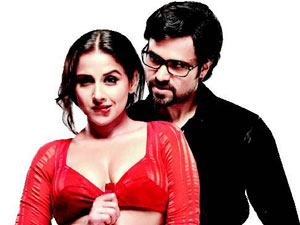 the dirty picture movie review1 The Dirty Picture Movie Review   Vidya Balans Intoxicating display of character, charisma and cleavage!